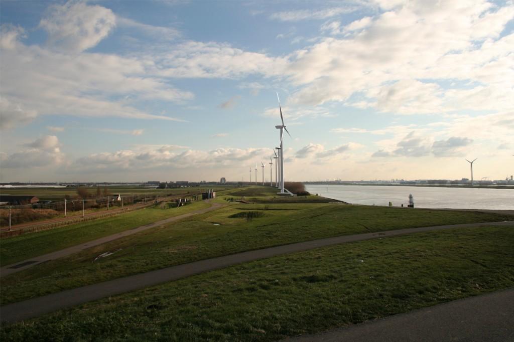 Visualisatie Windpark Nieuwe Waterweg uitkijkpunt Maeslantkering