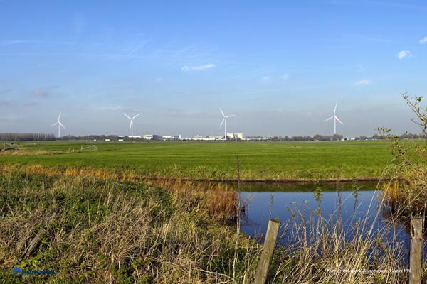 Bouw van 4 windturbines bij brouwerij Heineken te Zoeterwoude begonnen