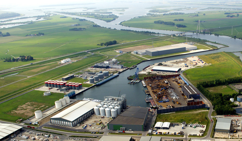Start bouw 4 windturbines op Zuiderzeehaven/Haatlandhaven